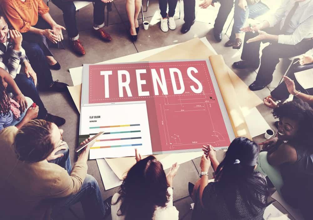 Die neusten Trends werden vom Team diskutiert